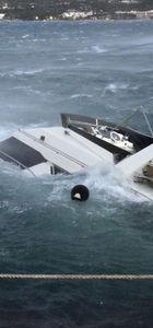 Bodrum'da lüks yat ve balıkçı teknesi battı