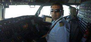 Çeşme'de genç pilot yardım isterken can verdi