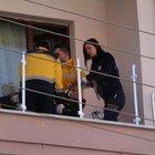Balkon korkuluğu takarken yüksek gerilime kapılan usta öldü