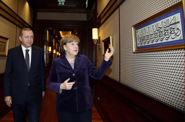 İlgisini çekti! Merkel, Erdoğan'a onu sordu