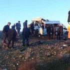Diyarbakır'da feci kaza: 2'si öğrenci 5 ölü