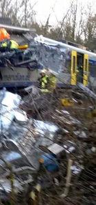 Almanya'da tren kazası! Ölenler var