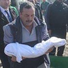 Annesi Garam bebeğin cenazesini bırakıp gitti