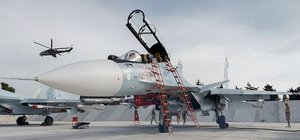 İran, Rusya'dan savaş uçağı alacak
