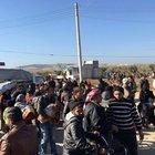 On binlerce Suriyeli kapıya dayandı
