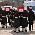 Sur şehitleri törenle memleketlerine uğurlandı
