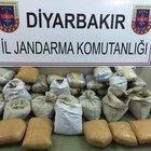 Diyarbakır'da bir araçta 50 kilo esrar bulundu
