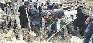 Siirt'te ev çöktü: 3 ölü, 2 yaralı