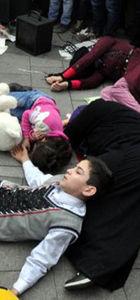 Suriyelilerden Rusya'ya protesto!