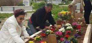 Fatma Girik hayat arakadaşı Memduh Ün'ü unutmadı