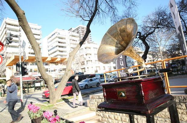Kadıköy'de gramafon sesleri