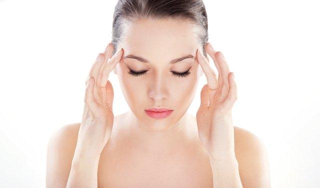 Sık görülen baş ağrısının nedenleri