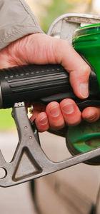 Venezuela'da benzine yüzde 6 bin zam