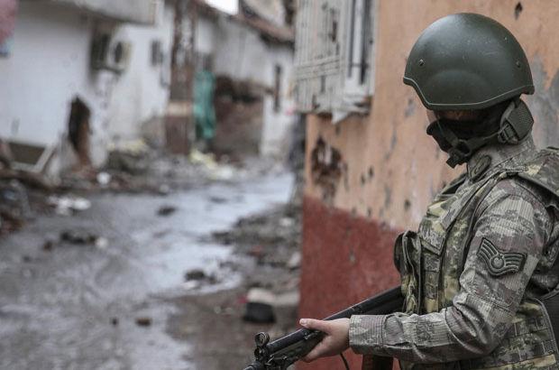 Sur'da 7 terörist teslim oldu