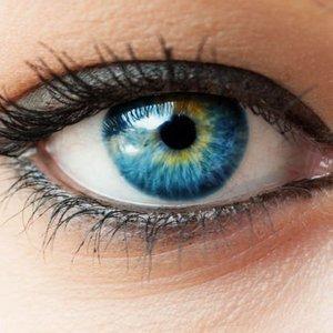 Yedikleriniz göz renginizi değiştirebilir!