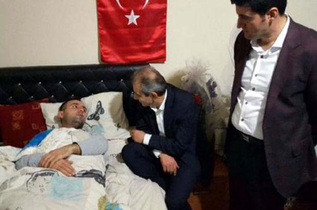 AK Parti'li Aslan Cizre'de yaralanan askere ziyaret
