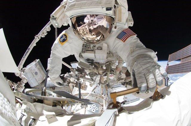 NASA astronot ilanına binlerce kişi başvurdu