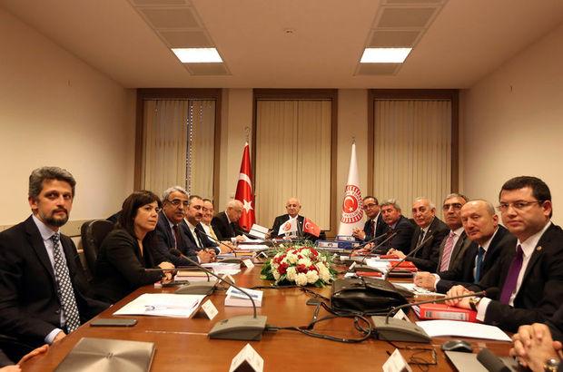 AK Parti ile CHP arasında yeni Anayasa için yeni masa tartışması sürüyor