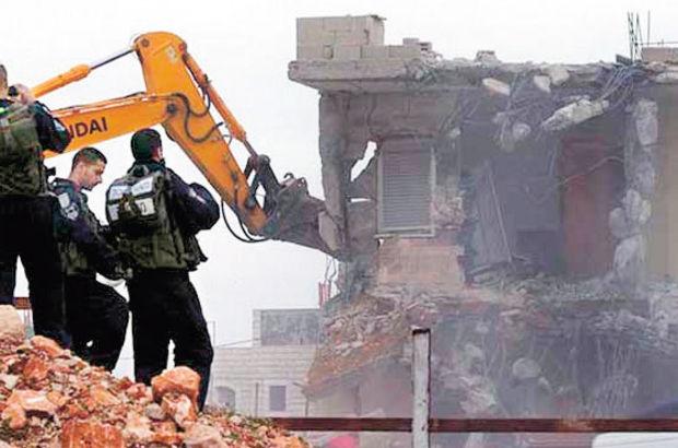 İsrail Filistin okulunu yıktı