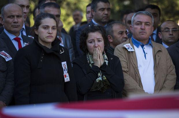 Ankara saldırısından 6 gün sonra ölen Aydın Dedehayır, toprağa verildi