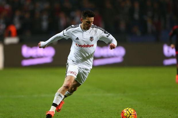 Beşiktaş'ın yıldızı Jose Sosa'da boş yok!
