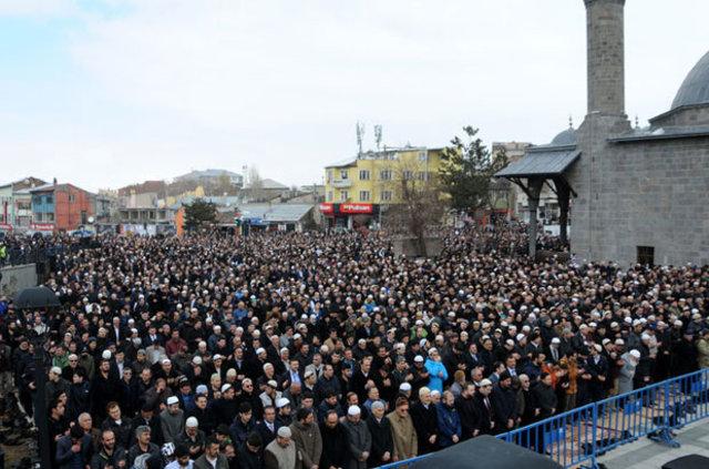 Bediüzzaman'ın talebelerinden Mehmet Kırkıncı toprağa verildi