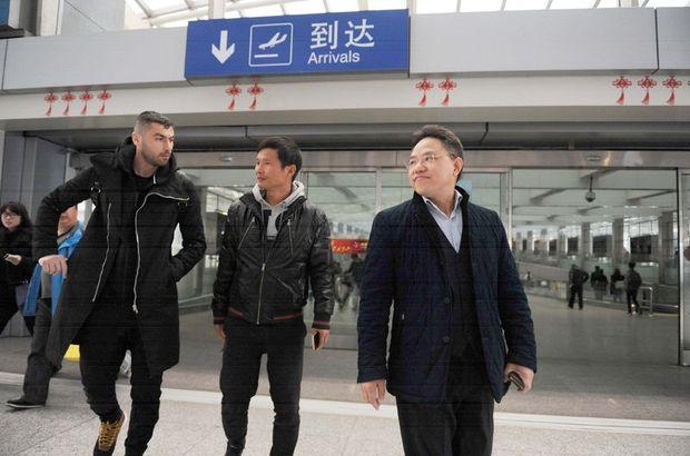 Burak Yılmaz'dan G.Saray ve Çin açıklaması!