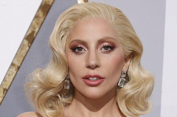 Lady Gaga'nın 24 milyon TL'lik küpeleri