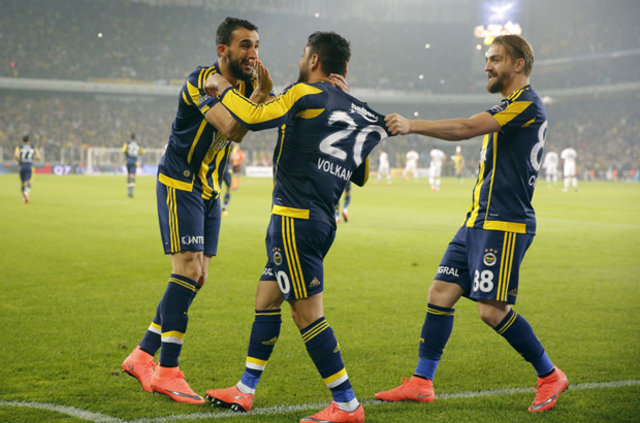 Liverpool gözlemcisi Fenerbahçe-Beşiktaş maçını izledi