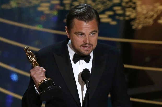 Leonardo DiCaprio, Oscar'ını restoranda unuttu