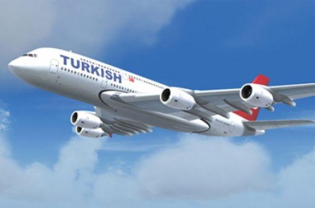 THY uçağı Lefkoşa'da kuş sürüsüne çarptı