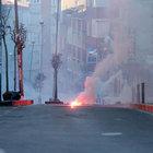 Okmeydanı'nda izinsiz gösteriye polis müdahalesi