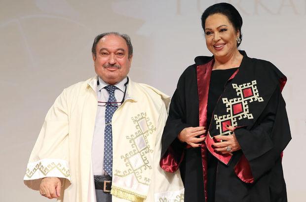Türkan Şoray'a fahri doktora