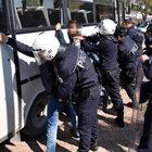 Akdeniz Üniversitesi'nde Nevruz kutlamasına polis müdahalesi