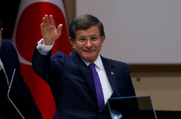 Başbakan Davutoğlu, Cuma namazını bu kez Batı'da kılacak