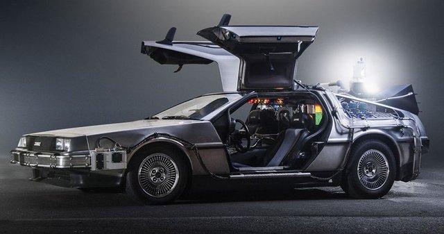 Hollywood filmlerinin ikonik otomobilleri!
