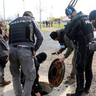 Polisler Diyarbakır Nevruz alanının kanalizasyonunda bomba aramış