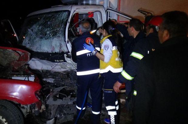Kırıkkale'de kamyon ile kamyonet çarpıştı: 1 ölü, 3 yaralı