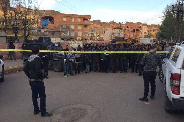 Diyarbakır'da duvar devrildi: 2 çocuk öldü