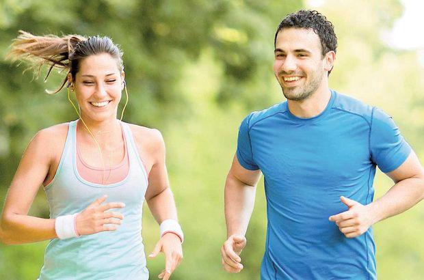 Koşu öncesinde germe egzersizleri yapın