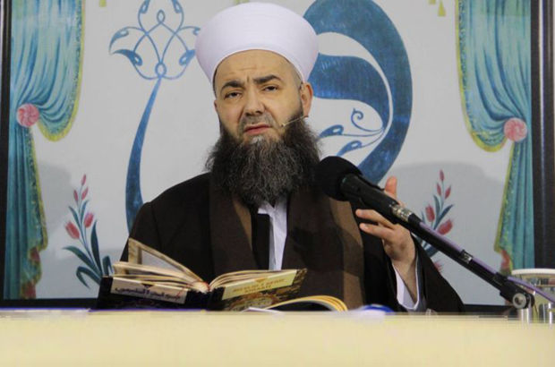 Cübbeli Ahmet'e 'Dini değerlere hakaret' soruşturması