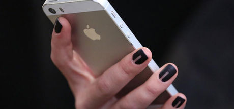 Ukrayna'da 'adını değiştirene bedava iPhone 7' kampanyası