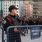 Taksim Meydanı'nda 'Özel Harekat Polisli' geniş güvenlik önlemi