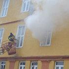 Samsun'da bir otelde çıkan yangın panik yarattı