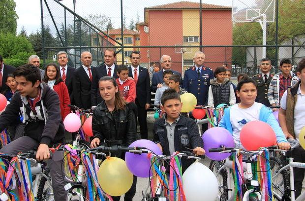 Malatya'da 500 öğrenciye bisiklet dağıtıldı!