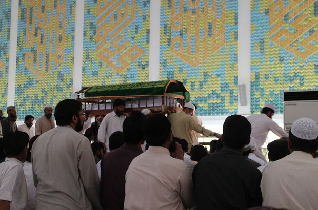 Pakistanlı alim Ensari toprağa verildi