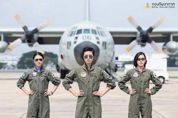 Tayland ilk defa kadın pilot alımı yapıyor