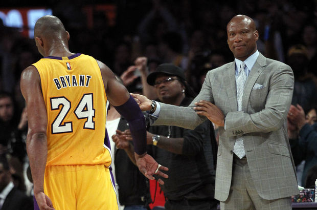 Los Angeles Lakers'ta Byron Scott'la yollar ayrıldı