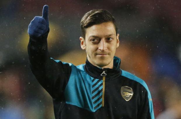 Mesut Özil'den Süper Lig'e açık kapı