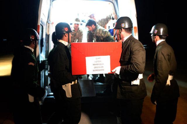 Şırnak'ta şehit olan askerler memleketlerine uğurlandı
